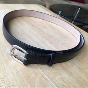 Elegant Snakeskin Leather Belt NWOT